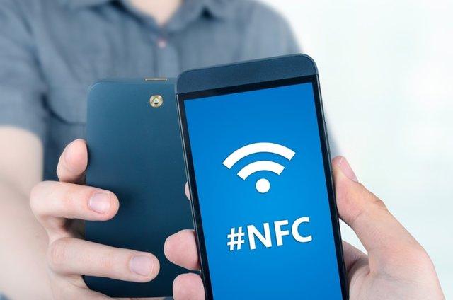 هر آنچه باید درباره NFC بدانید