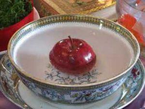 سیب در سفره هفت سین
